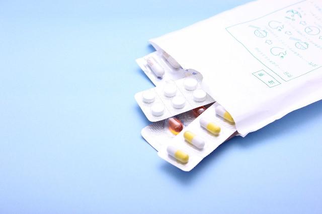 【授乳中】飲める薬8種と母乳に影響の出てしまう薬4種