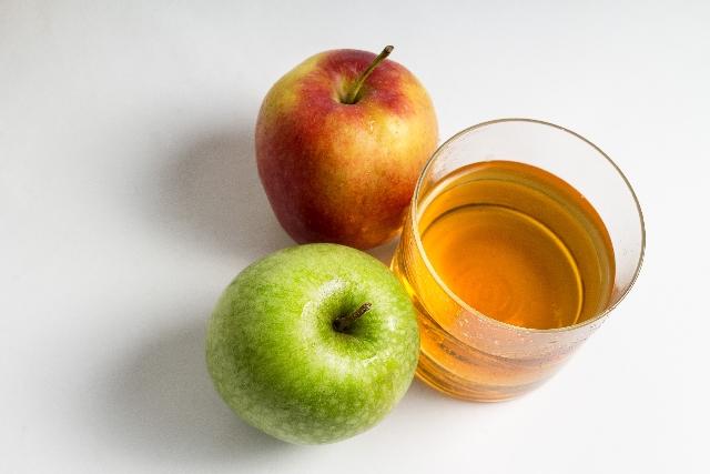【離乳食開始前の果汁】飲ませる必要ない4つの理由と正しい果汁の始め方