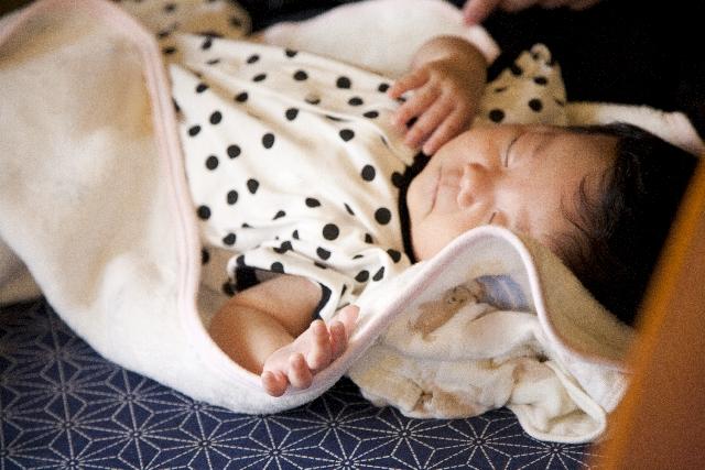 【赤ちゃんのスリーパーは必要?】スリーパーって便利!と実感できる5つの理由