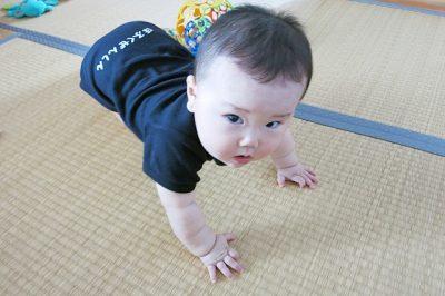 【赤ちゃんの9~10カ月健診】5つの特徴のある診察と健診で指摘を受ける3つの項目