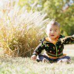 【赤ちゃんの外気浴】月齢ごとの3つの外気浴の進め方と外出時間で違う「必要な物」