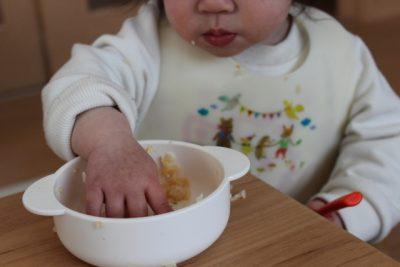 【9カ月~11カ月の離乳食】離乳食の進め方と悩みの多い4つのこと