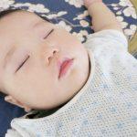 【赤ちゃんの寝かしつけの裏技】すんなり寝かしつけできる3つの方法